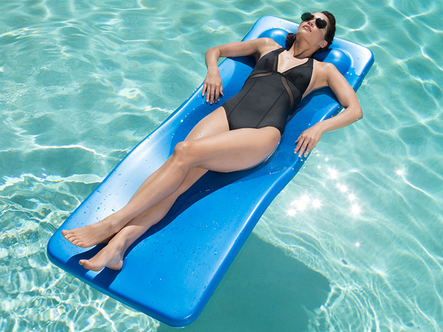 Cabana Commercial Pool Float